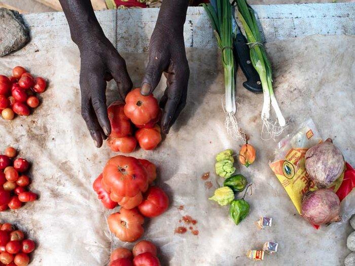 légumes frais au marché