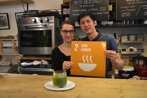 """""""Il faut revenir aux sources"""" : Séverine et Jimmy, restaurateurs, s'engagent dans la campagne #RecipeForDisaster"""