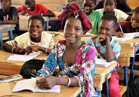 L'alimentation scolaire du PAM au Mali booste l'éducation des enfants et l'économie locale