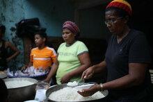 Frappées par les chocs climatiques et meurtries par la crise économique, des millions de personnes en Amérique centrale font face à la faim